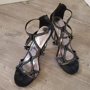 Madden Girl 8.5M strappy heels